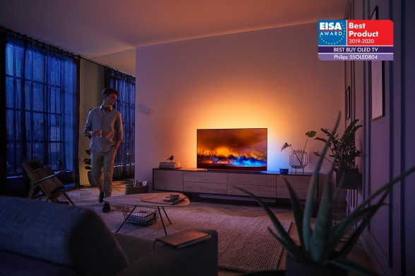 OLED804_EISA_1
